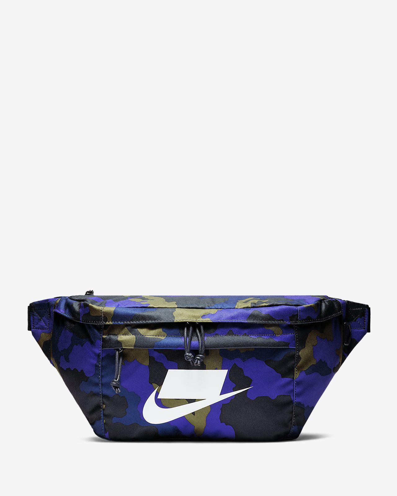 Nike Sportswear Tech 印花腰包