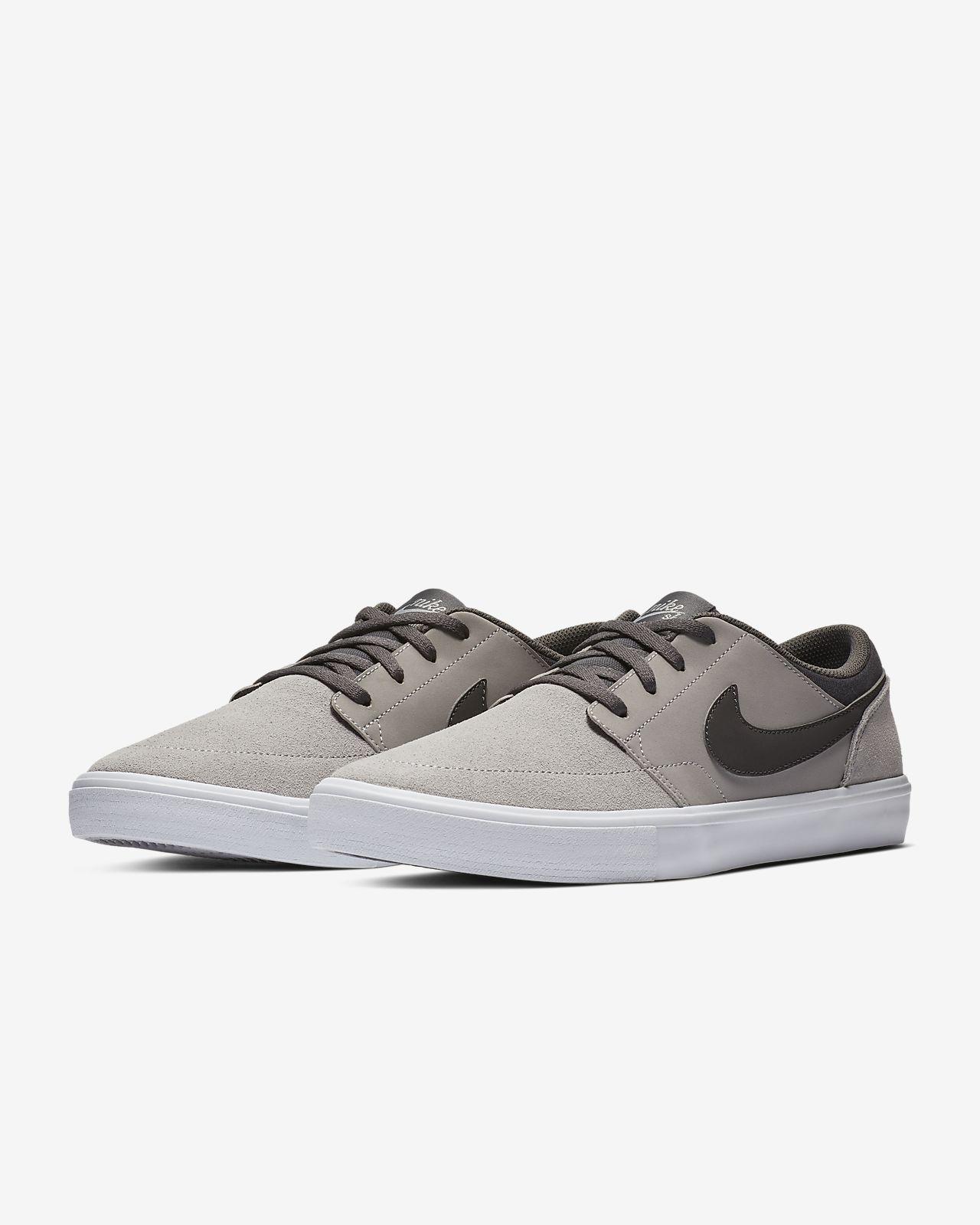 brand new b7d1a fcfe2 ... Chaussure de skateboard Nike SB Solarsoft Portmore II pour Homme