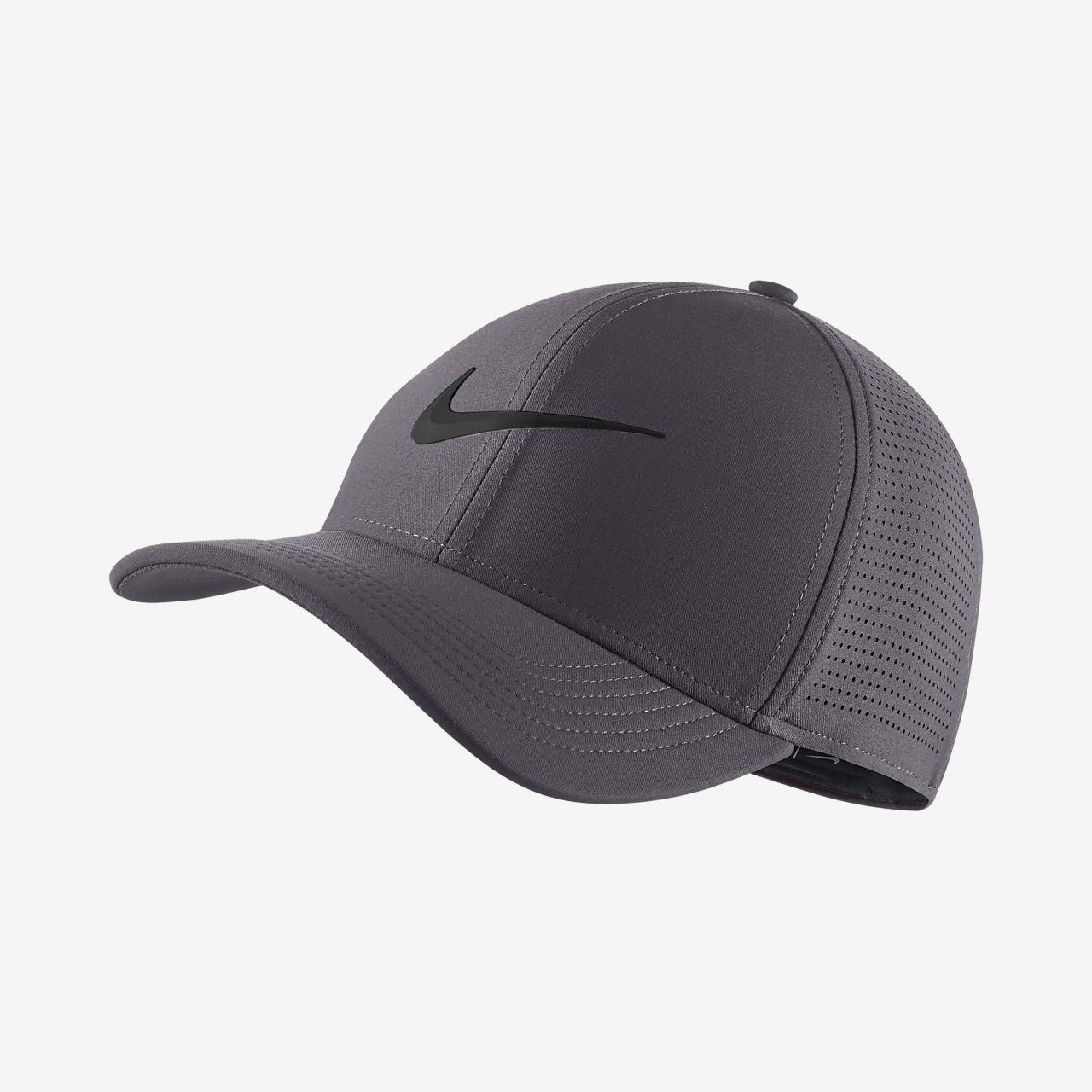 f3869d3dd8a11 Nike AeroBill Classic 99 Fitted Golf Hat. Nike.com CA