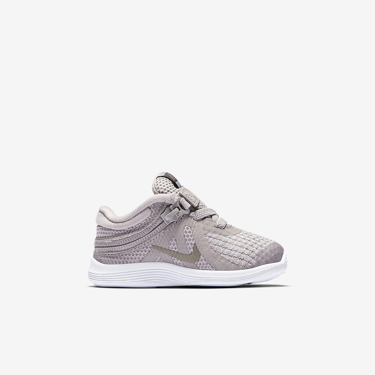 Petit 4 Nike Pour Chaussure Flyease Bébé Enfant Revolution Et E2WH9YDI