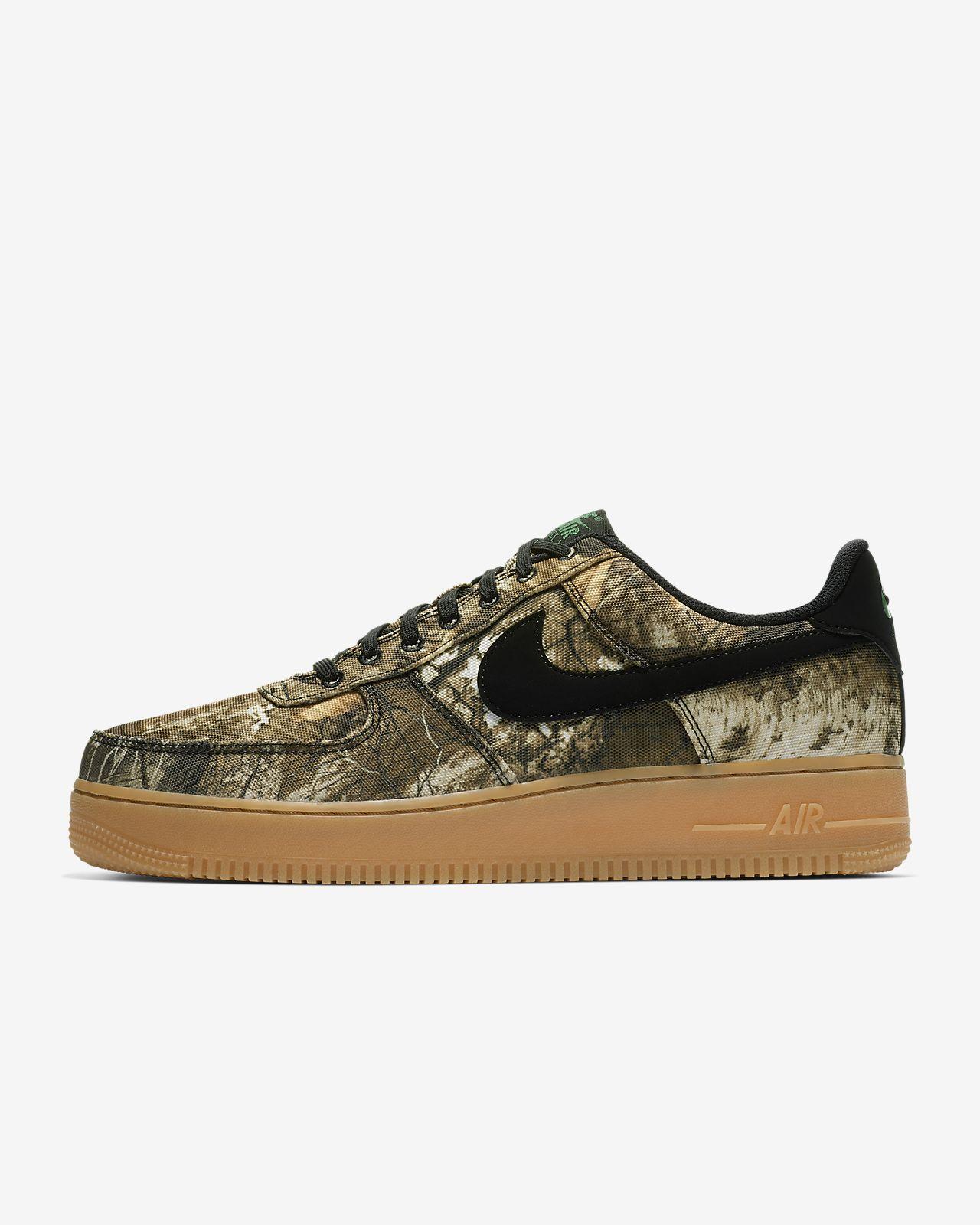 Pánská bota Nike Air Force 1  07 LV8 3 Realtree®. Nike.com CZ e40572559e
