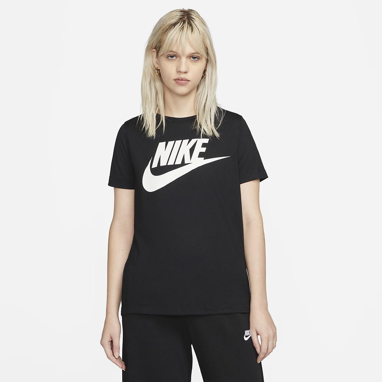 promo code fe0bc 0a39e ... Kortärmad tröja Nike Sportswear Essential Logo för kvinnor
