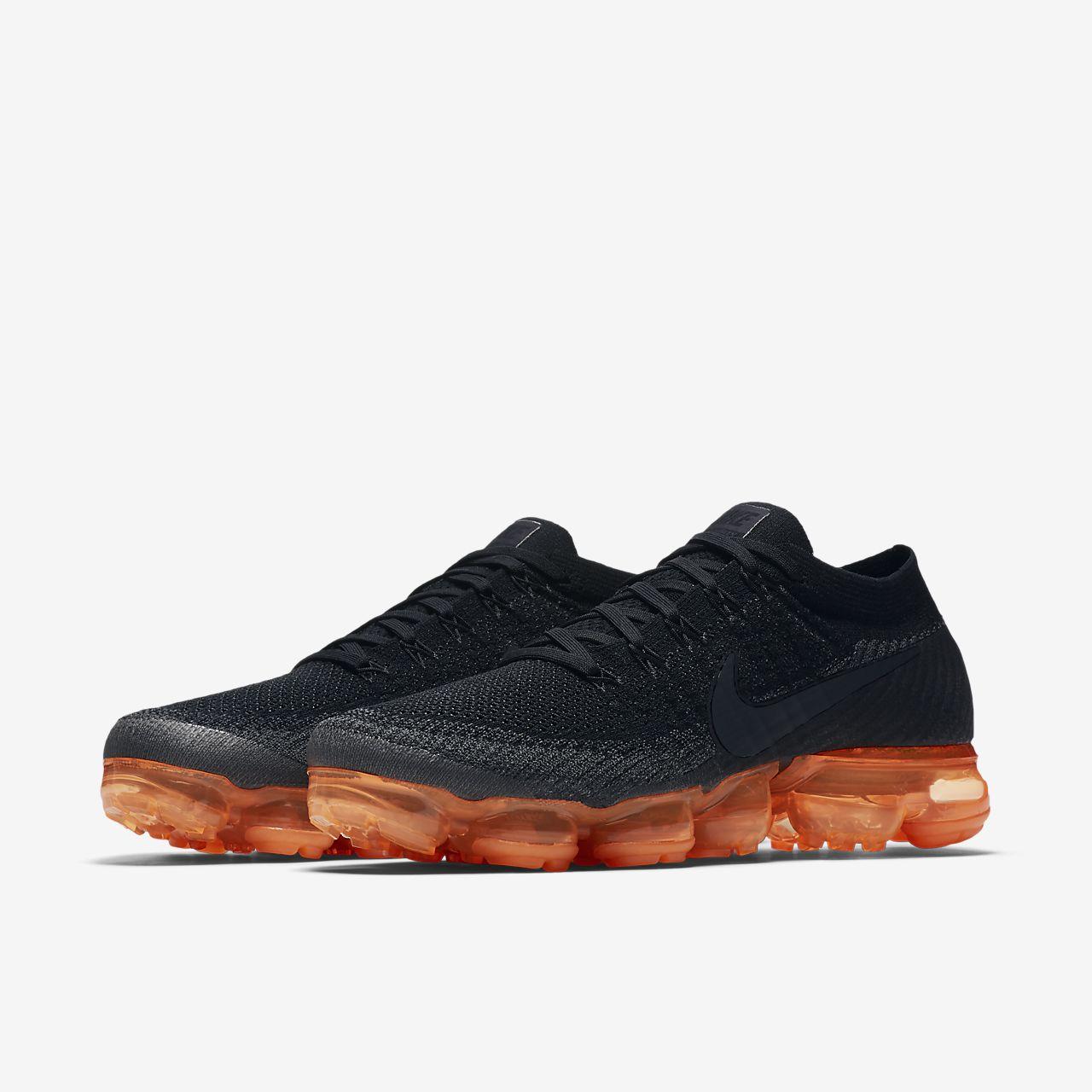 e6c3bac533 Nike Air VaporMax Flyknit Black Pop Men's Shoe. Nike.com IN