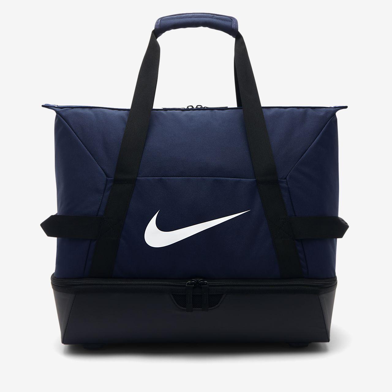 5718648bb45e7 Nike Academy Team Hardcase Fußball-Sporttasche (Medium). Nike.com AT
