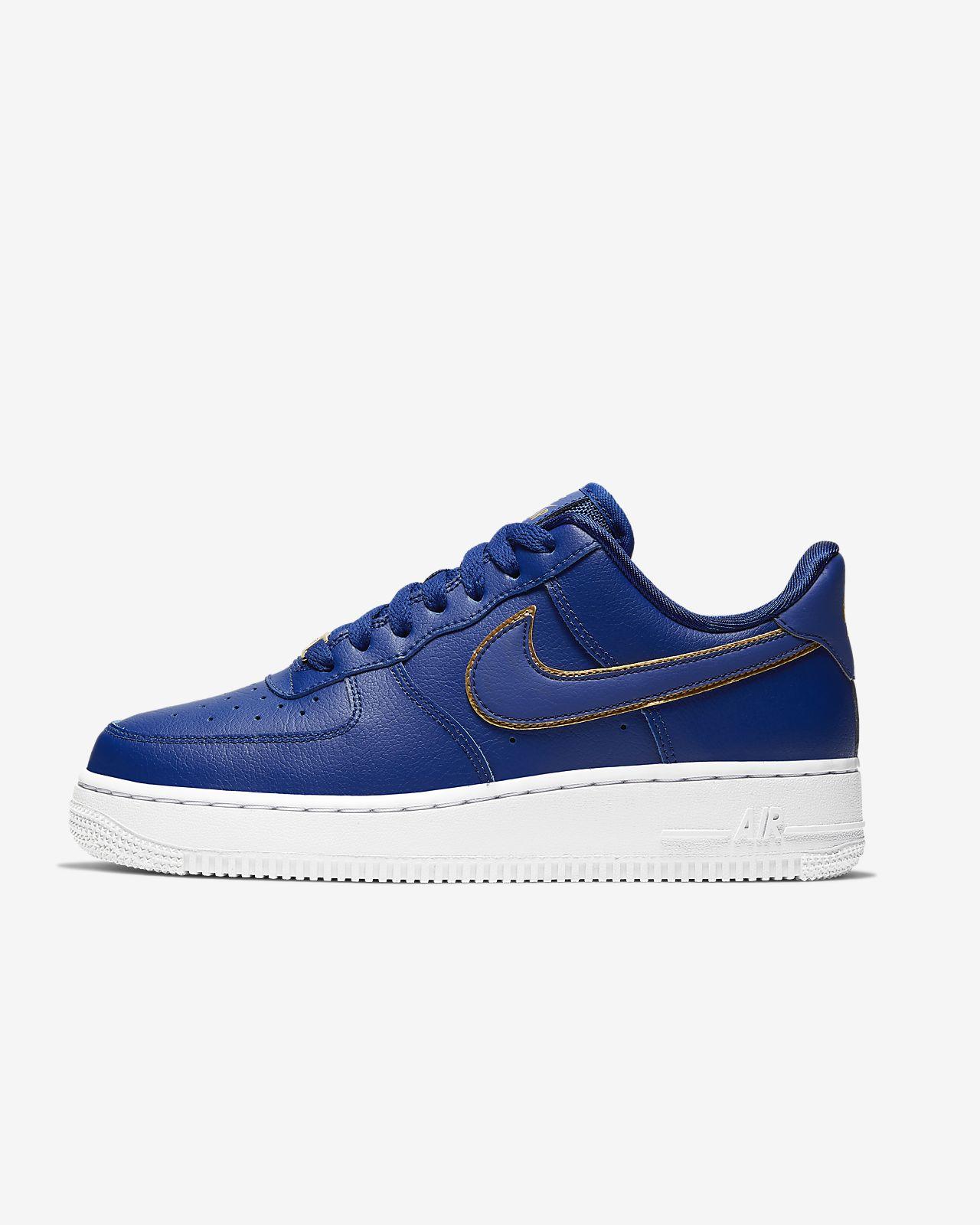 Nike Air Force 1 '07 ESS 女子运动鞋
