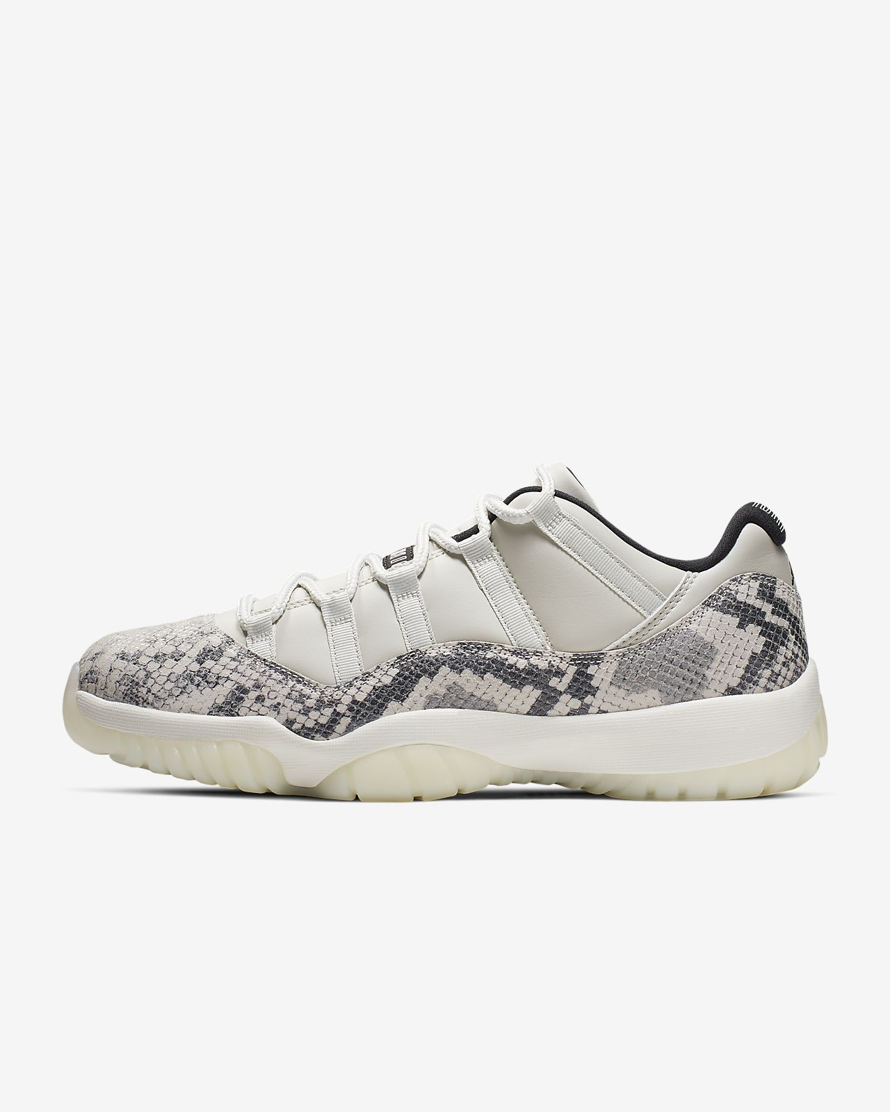 save off d15db 5a0e8 Air Jordan 11 Retro Low LE