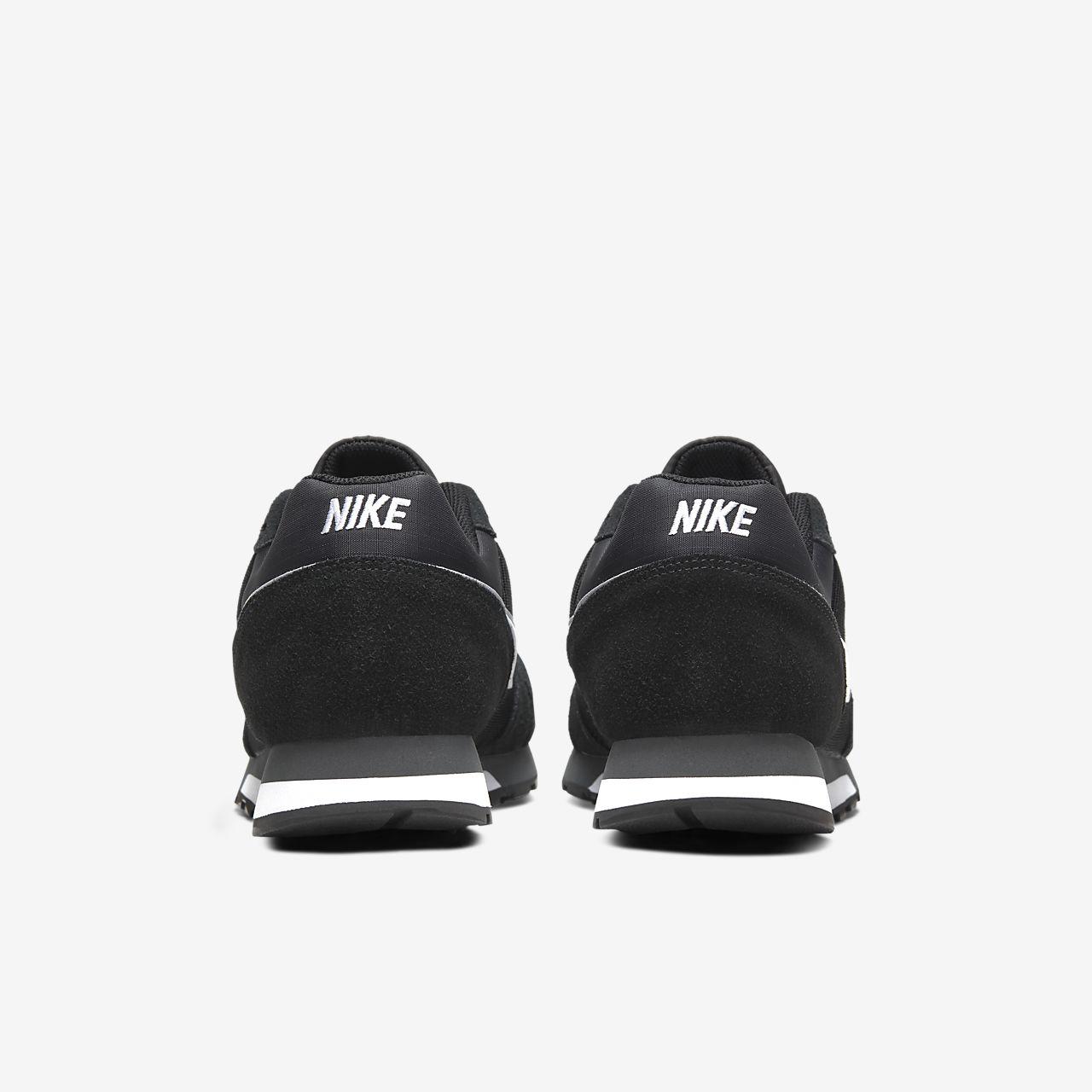 858caad4d Nike MD Runner 2 Men s Shoe. Nike.com GB