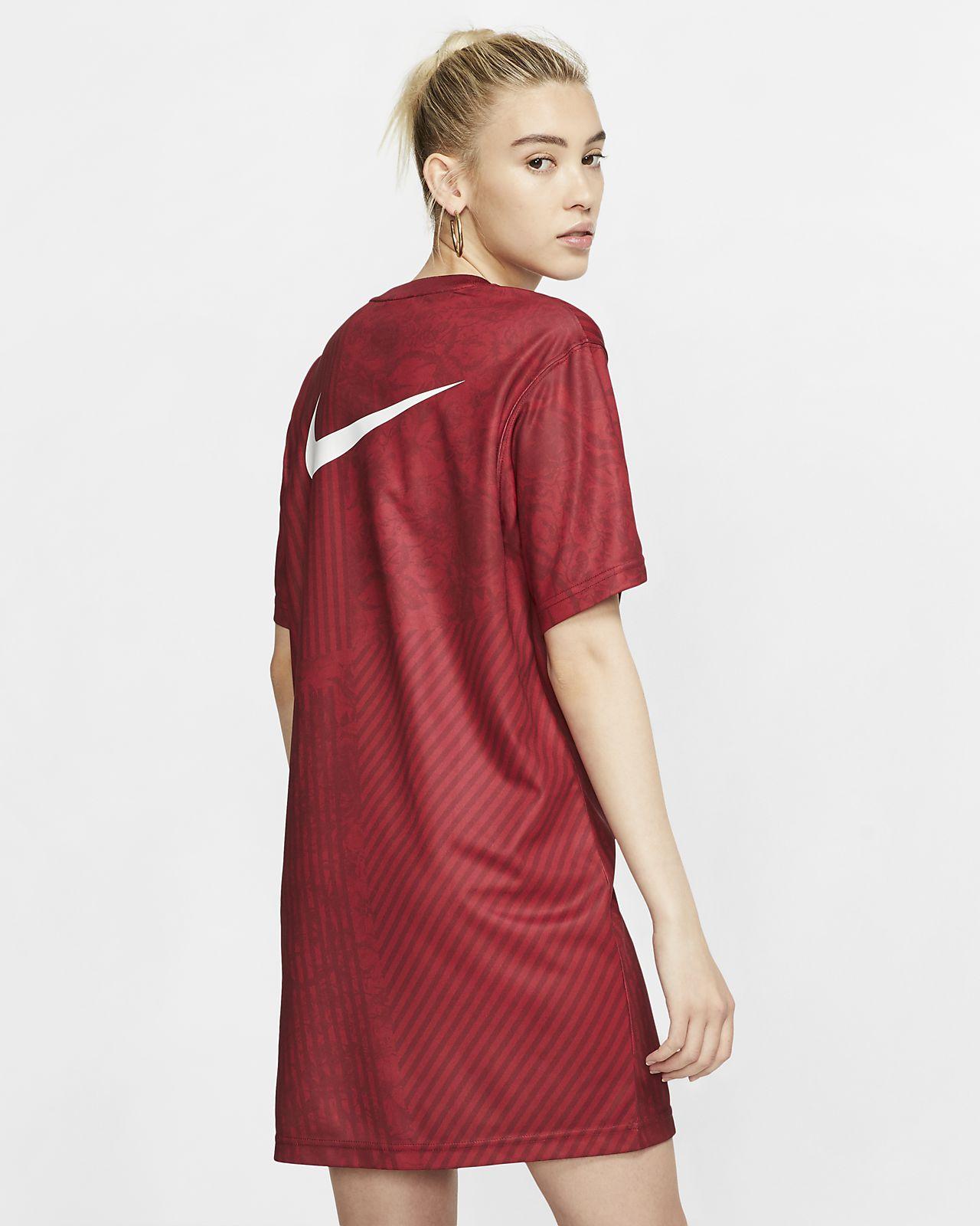 be72c1c3b039 Nike Sportswear Unité Totale női ruha. Nike.com HU