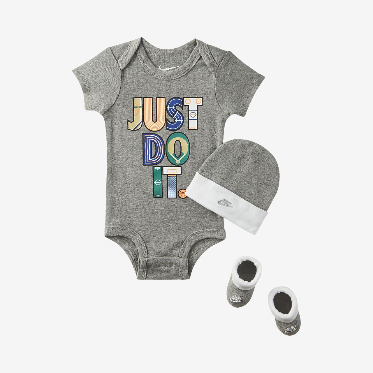 Nike-sæt i 3 dele til babyer