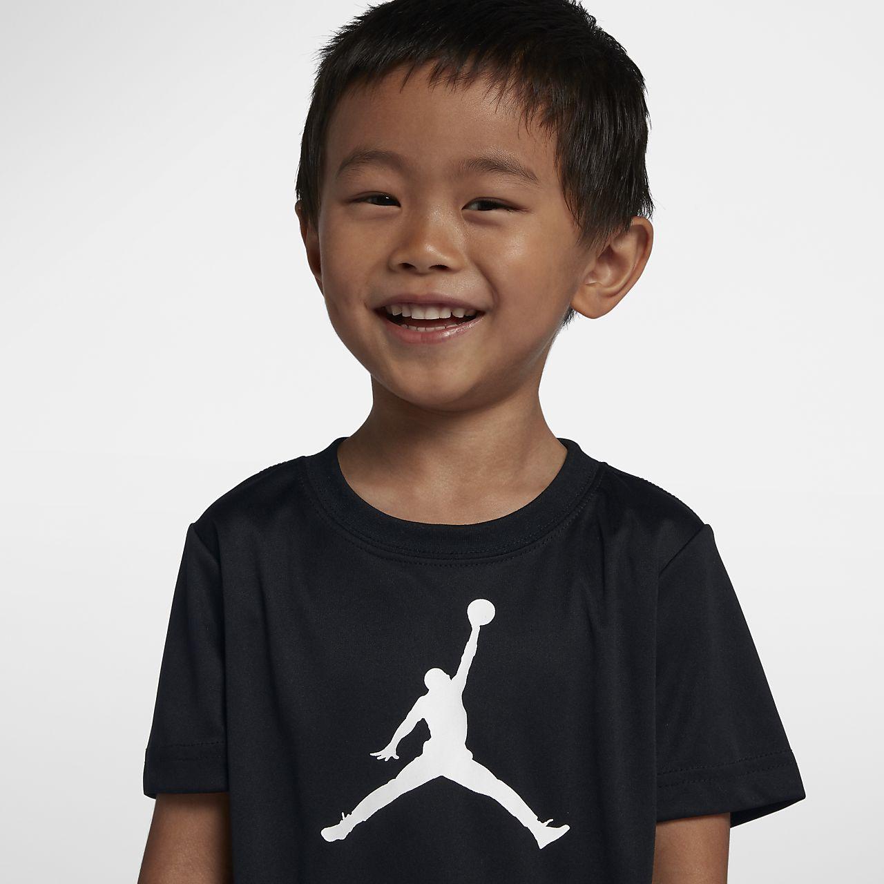 T-shirt Jordan Dri-FIT för små barn