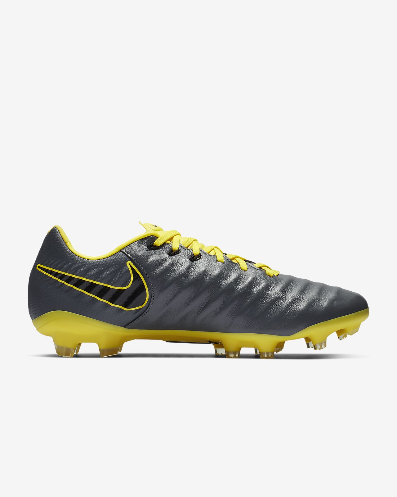 lowest price 7553b aa6f1 Scarpa da calcio per terreni duri Nike Legend 7 Pro FG. Nike.com IT