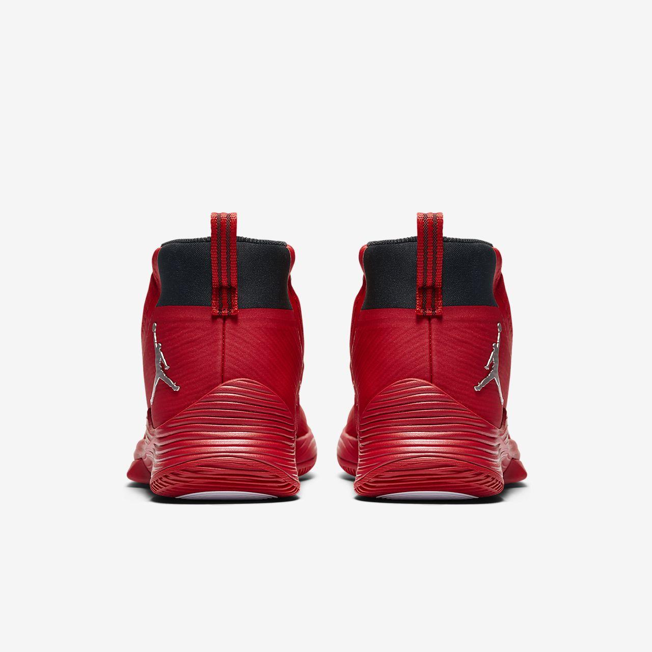 Kyrie  Tb Men S Basketball Shoe