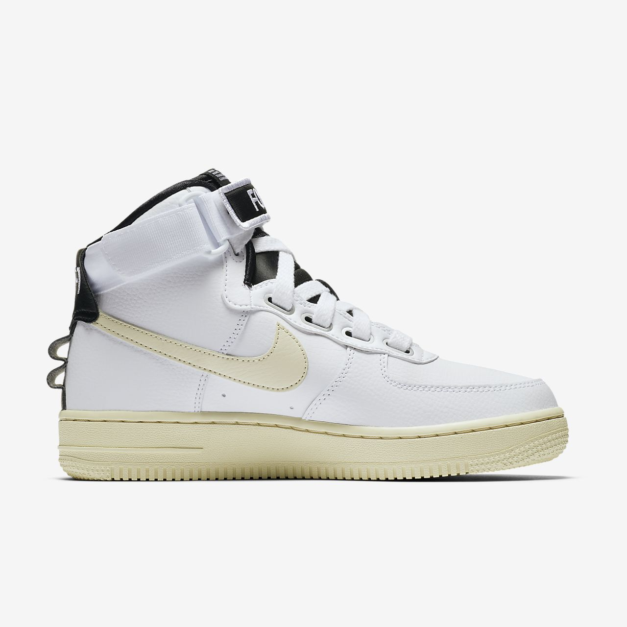timeless design 06b97 f40a5 Nike Air Force 1 High Utility