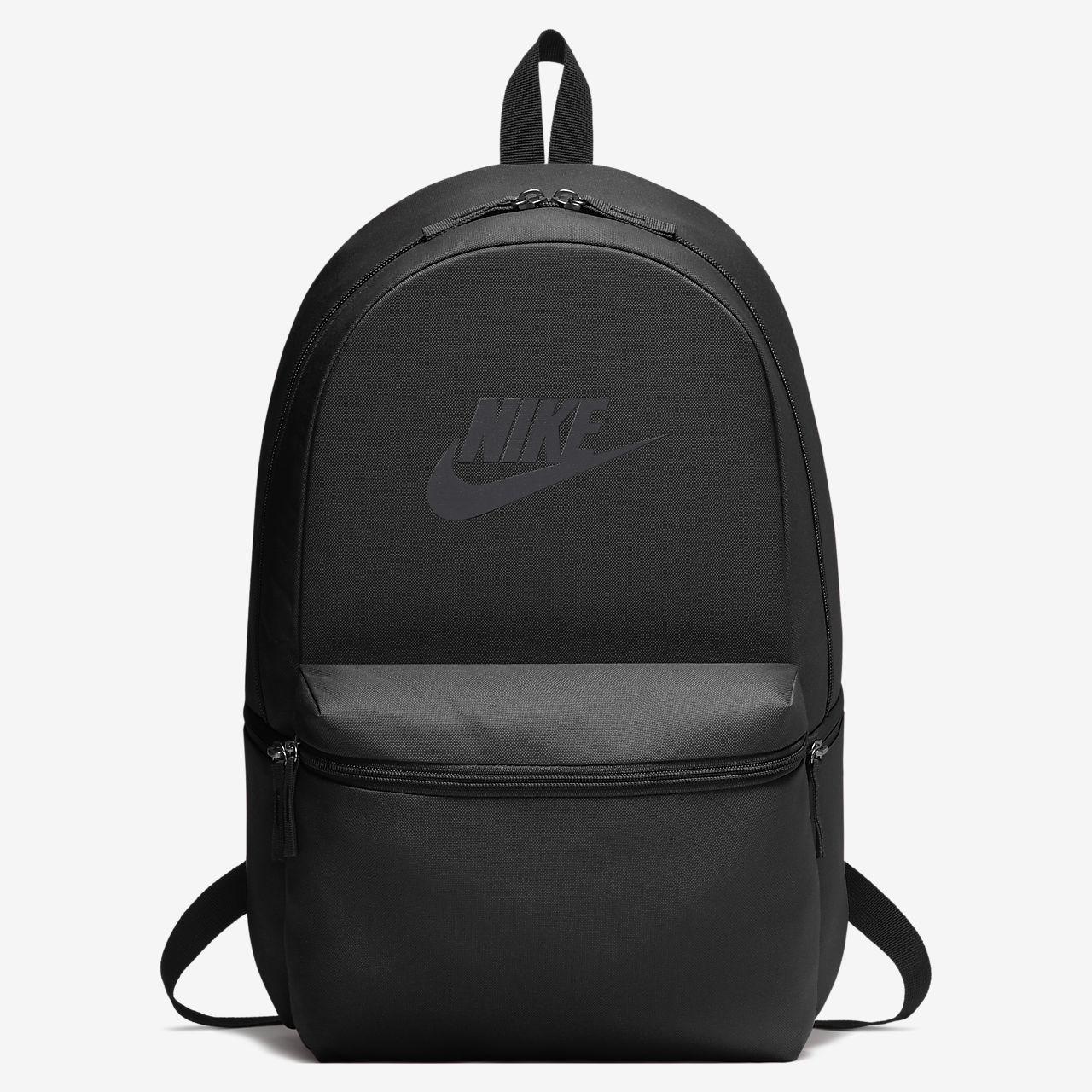 เป้สะพายหลัง Nike Heritage