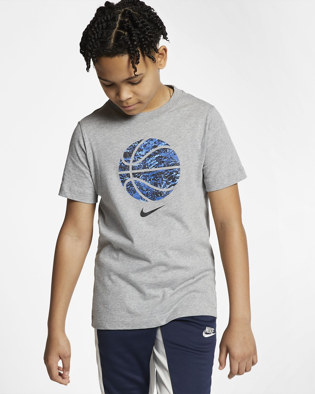 Nike Sportswear Big Kids' (Boys') T-Shirt