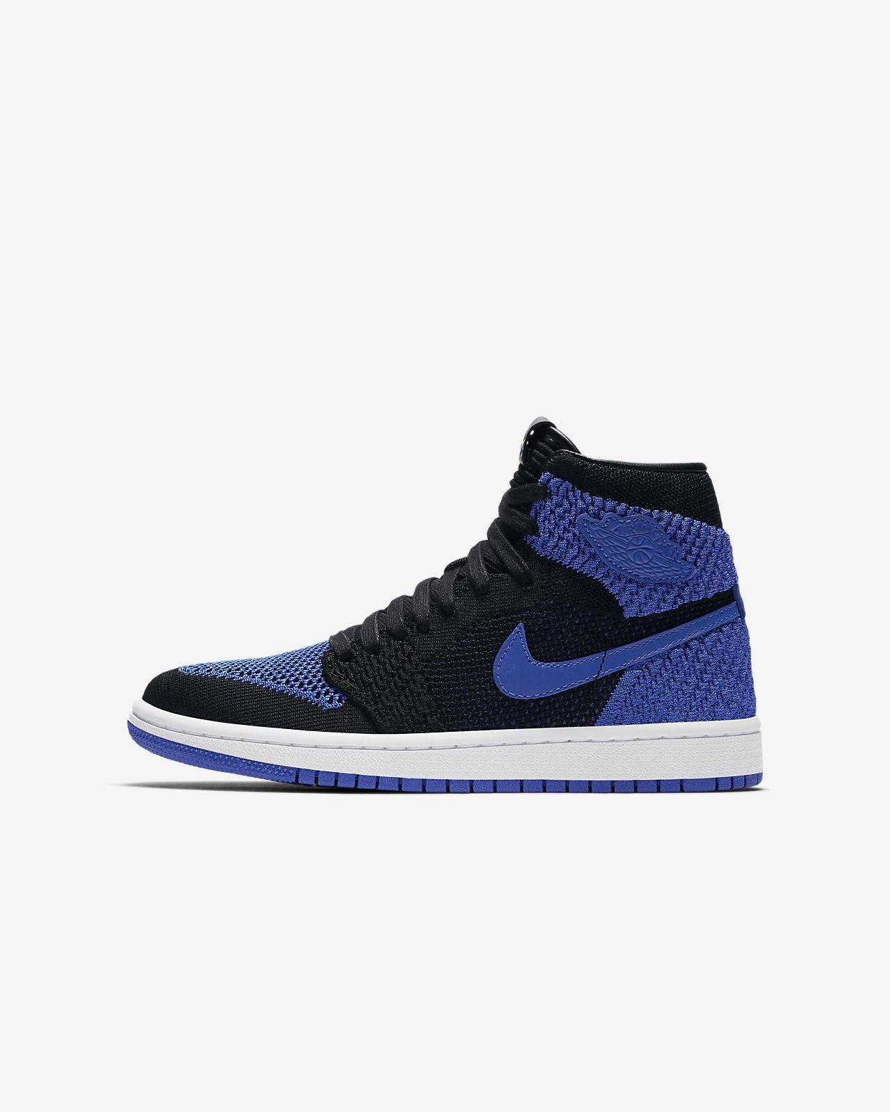 d5ca50153bc Chaussure Air Jordan 1 Retro High Flyknit pour Enfant plus âgé. Nike ...