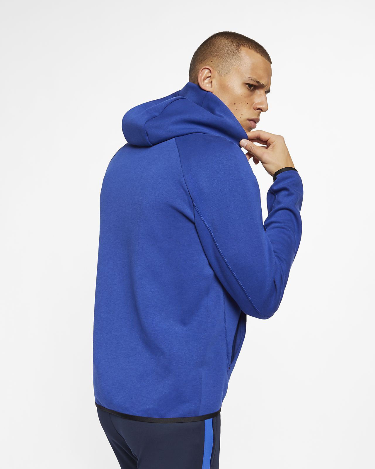 893e2d0c1e3 Chelsea FC Tech Fleece Men s Full-Zip Hoodie. Nike.com GB
