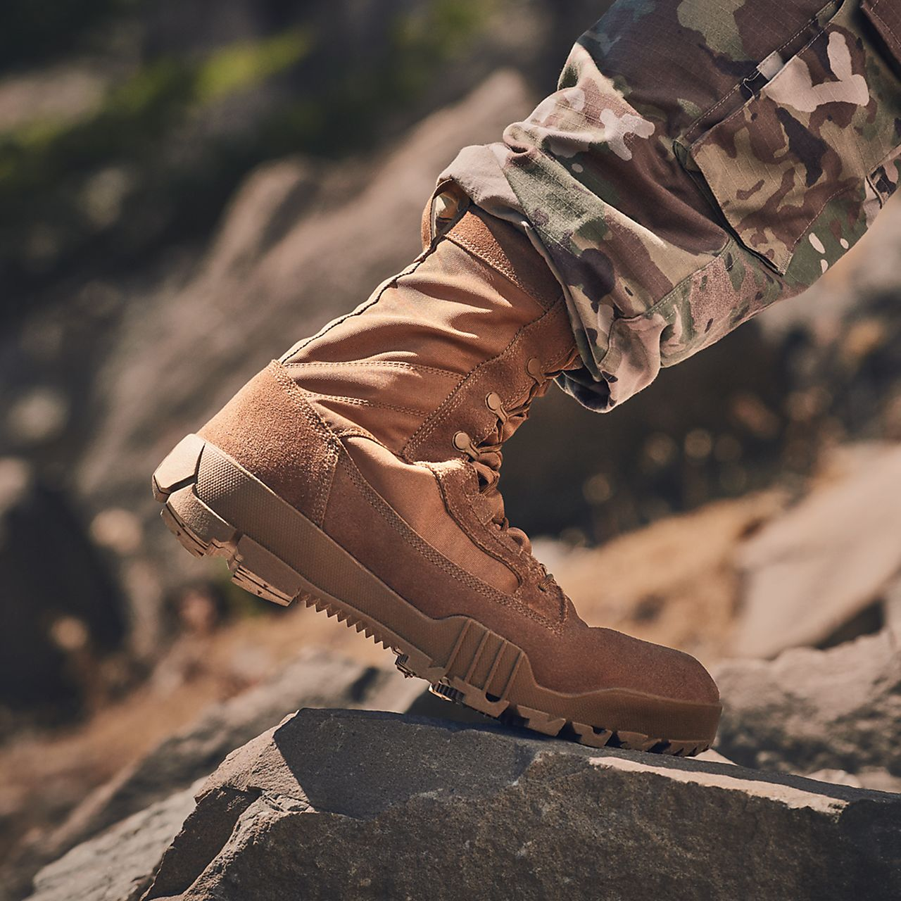 nike sfb field 8 inch leather boots