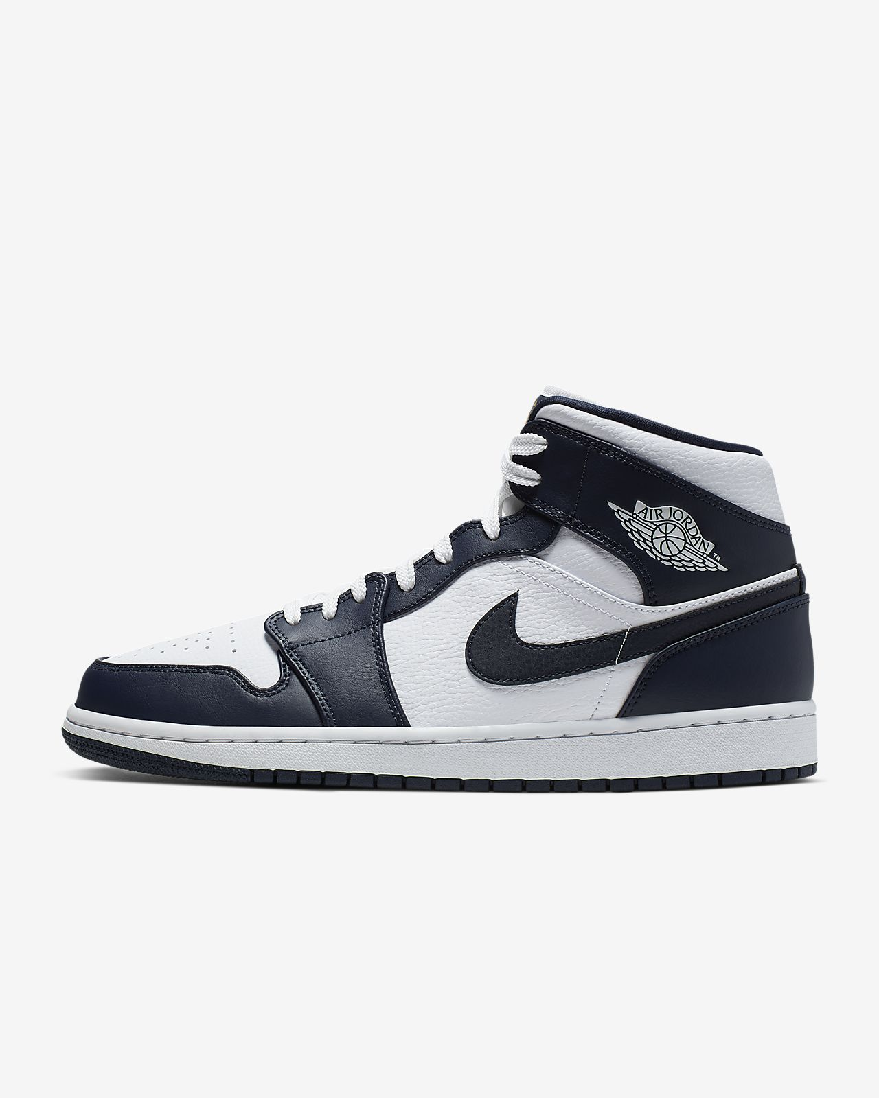 sports shoes 80a37 228c4 Air Jordan 1 Mid Men's Shoe