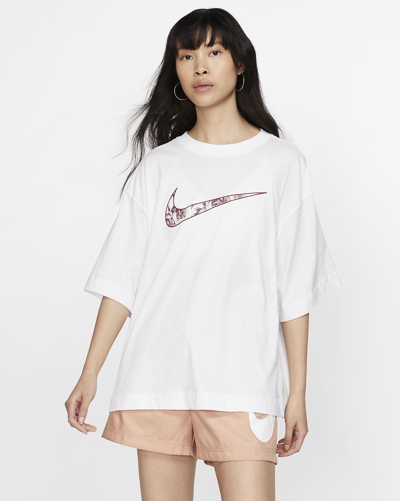 Nike Sportswear Unité Totale rövid ujjú női felsőrész