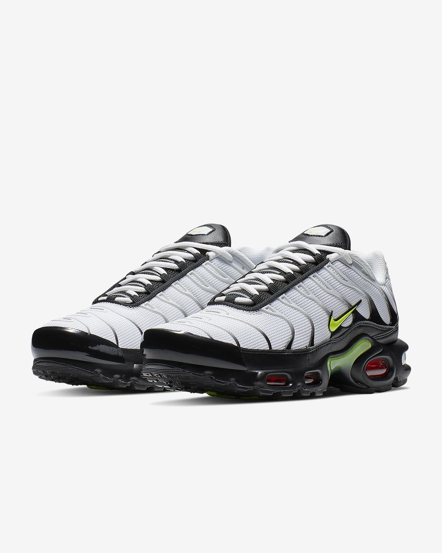 รองเท้า Nike 2019 | Nike Air Max Plus SE