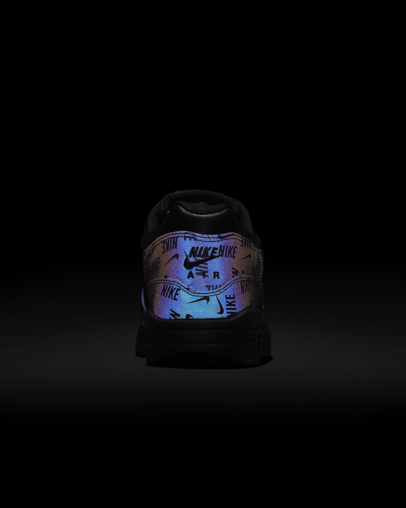 Nike Wmns Air Max 1 LX Glow in the Dark