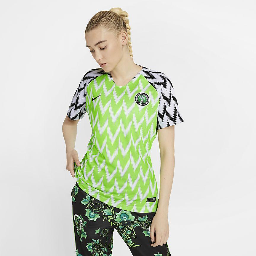 7bcffd0348044 Domácí dres nigerijské ženské fotbalové federace 2019 Stadium. Nike ...