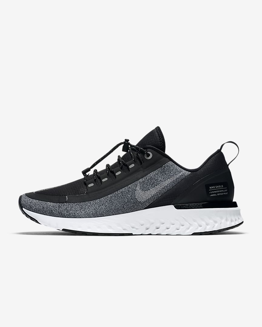 Nike Odyssey React Shield Water-Repellent