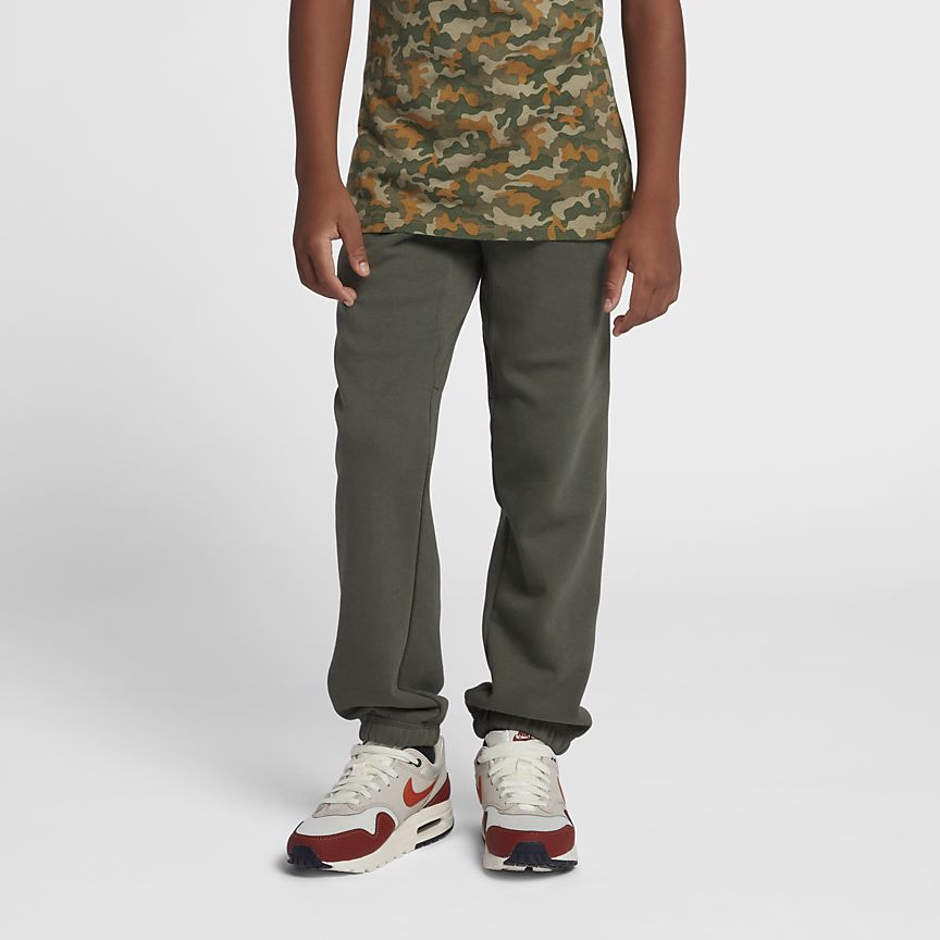 Nike - Nike Brushed-Fleece Cuffed Jungen-Trainingshose (8–15 J) - 1