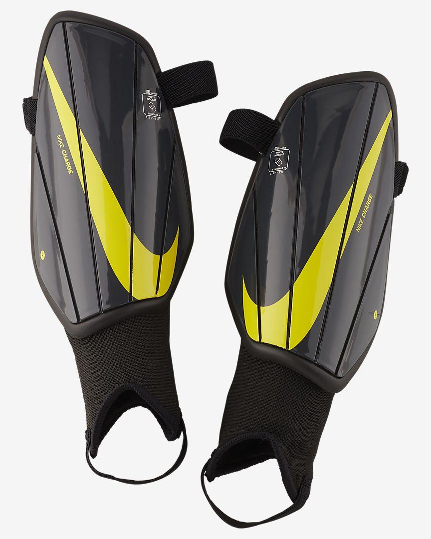 Nike - Nike Charge Espinilleras de fútbol - 1