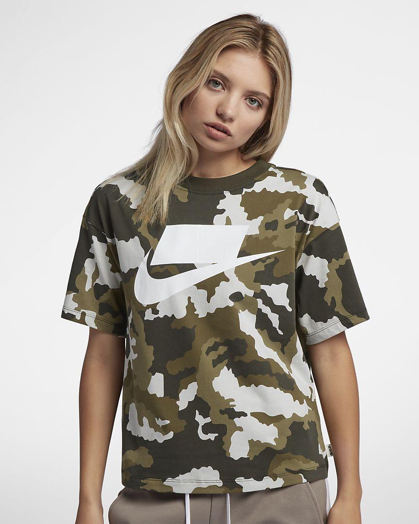 Nike - Nike Sportswear Kurzarm-Oberteil für Damen - 1