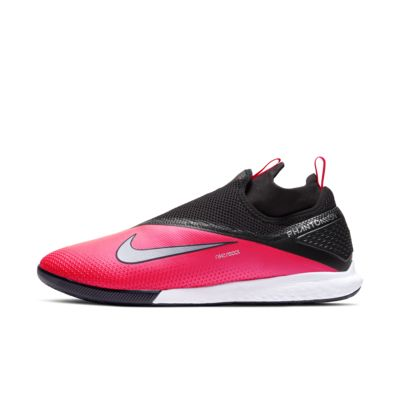 Nike React Phantom Vision 2 Pro Dynamic Fit IC Indoor/Court Soccer Shoe