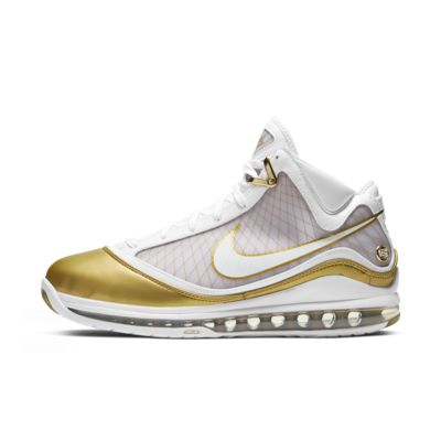 LeBron 7 QS Men's Shoe