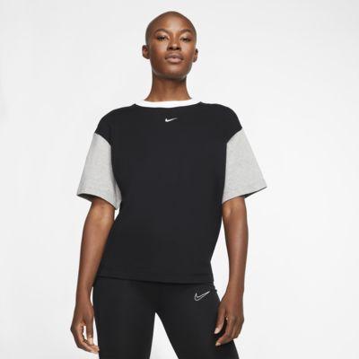 Nike Sportswear Essentials Women's Short-Sleeve Top