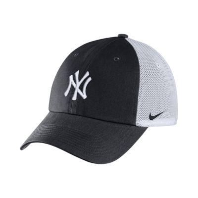Nike Heritage86 (MLB Yankees) Trucker Hat