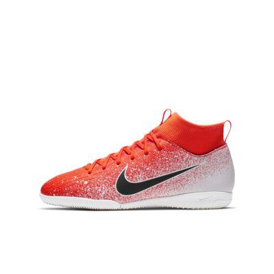 Chaussure de football en salle à crampons Nike Jr. SuperflyX 6 Academy IC pour Jeune enfantEnfant plus âgé