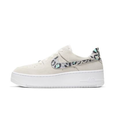 Scarpa Nike Air Force 1 Sage Low con stampa animalier - Donna