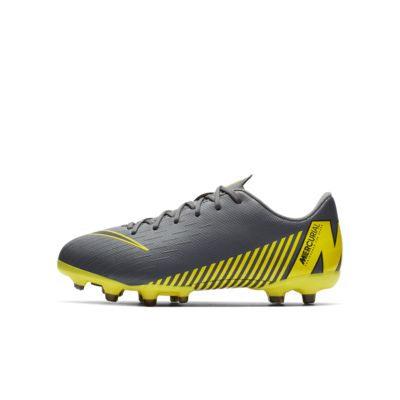 Nike Jr. Mercurial Vapor XII Academy Younger/Older Kids' Multi-Ground Football Boot
