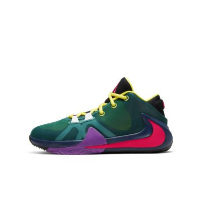 Freak 1 1/2 Big Kids' (Boys') Basketball Shoe