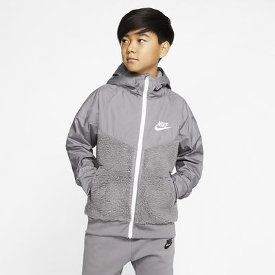 Nike Sportswear Windrunner Sherpa 大童(男孩)夹克