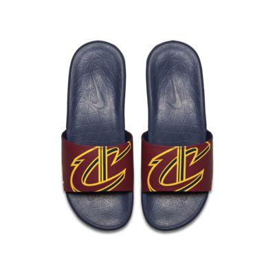 รองเท้าแตะผู้ชาย Nike Benassi NBA