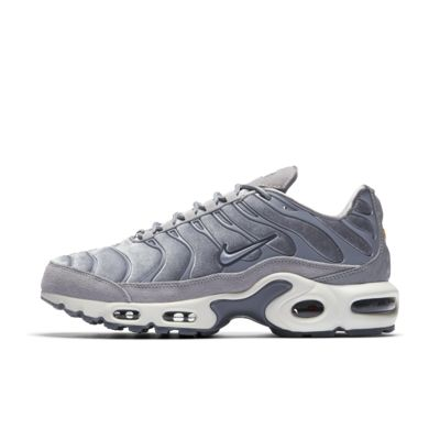 sports shoes 68a8f dc763 NIKE. NIKE AIR MAX PLUS LX - SKO ...