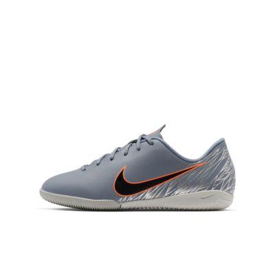Nike Jr. VaporX 12 Academy IC Little/Big Kids' Indoor/Court Soccer Cleat