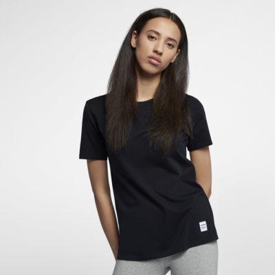 Converse Essentials Women's T-Shirt