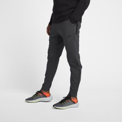 Spodnie męskie Nike Sportswear Tech Pack