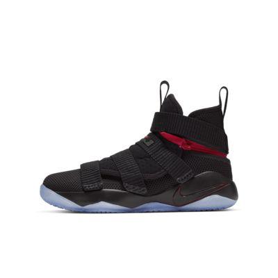 LeBron Soldier 11 FlyEase Genç Çocuk Basketbol Ayakkabısı
