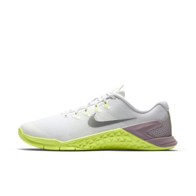 Женские кроссовки для кросс-тренинга и тяжелой атлетики Nike Metcon 4  - купить со скидкой
