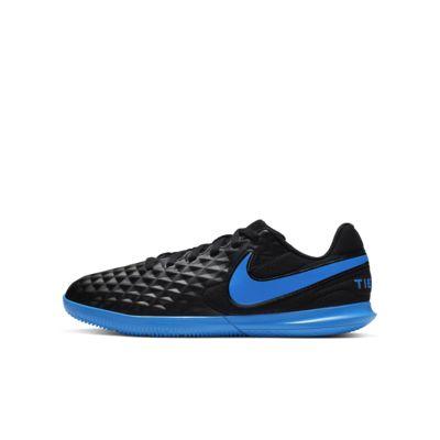 Купить Футбольные бутсы для игры в зале/на крытом поле дошкольников/школьников Nike Jr. Tiempo Legend 8 Club IC, Черный/Легендарный синий, 23199727, 12627322