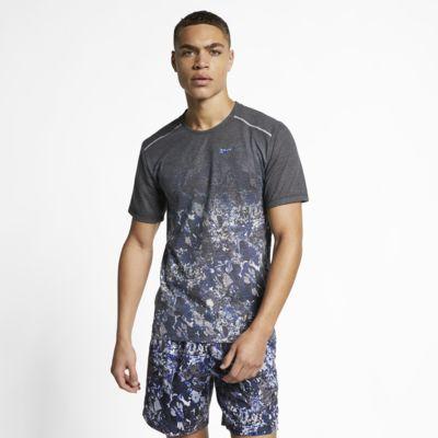 เสื้อวิ่งแขนสั้นผู้ชายพิมพ์ลาย Nike Rise 365