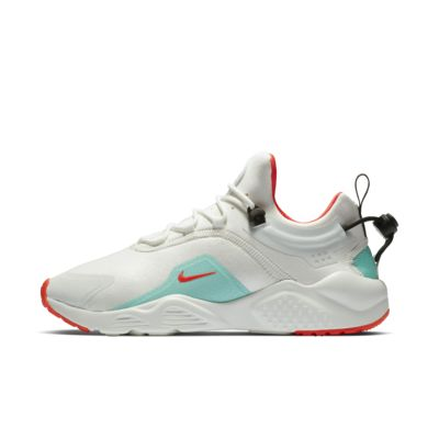 Nike Air Huarache City Move 女子运动鞋